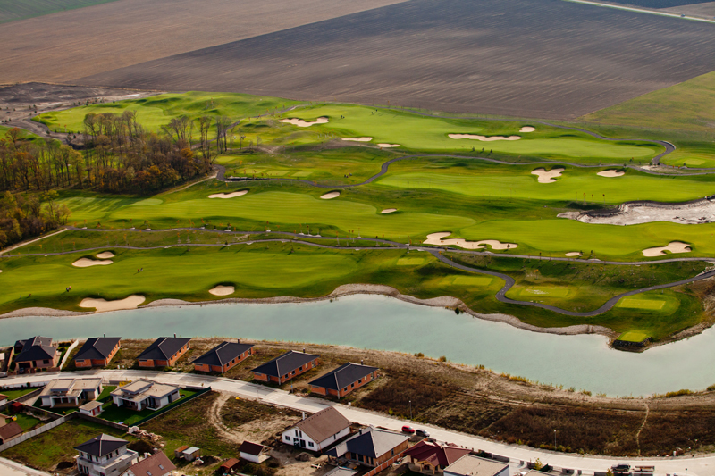 Hruba Borsa golf